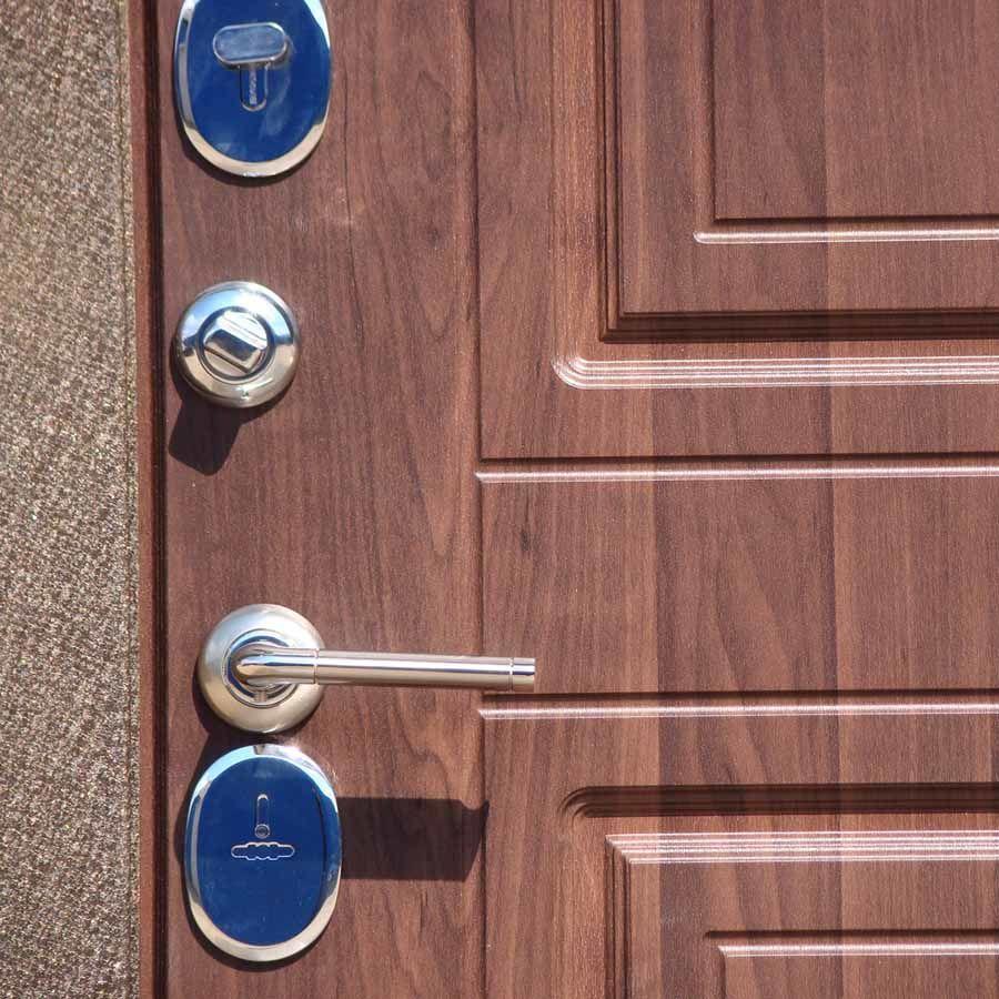 надежны ли металлические двери для квартиры покрытые пвх
