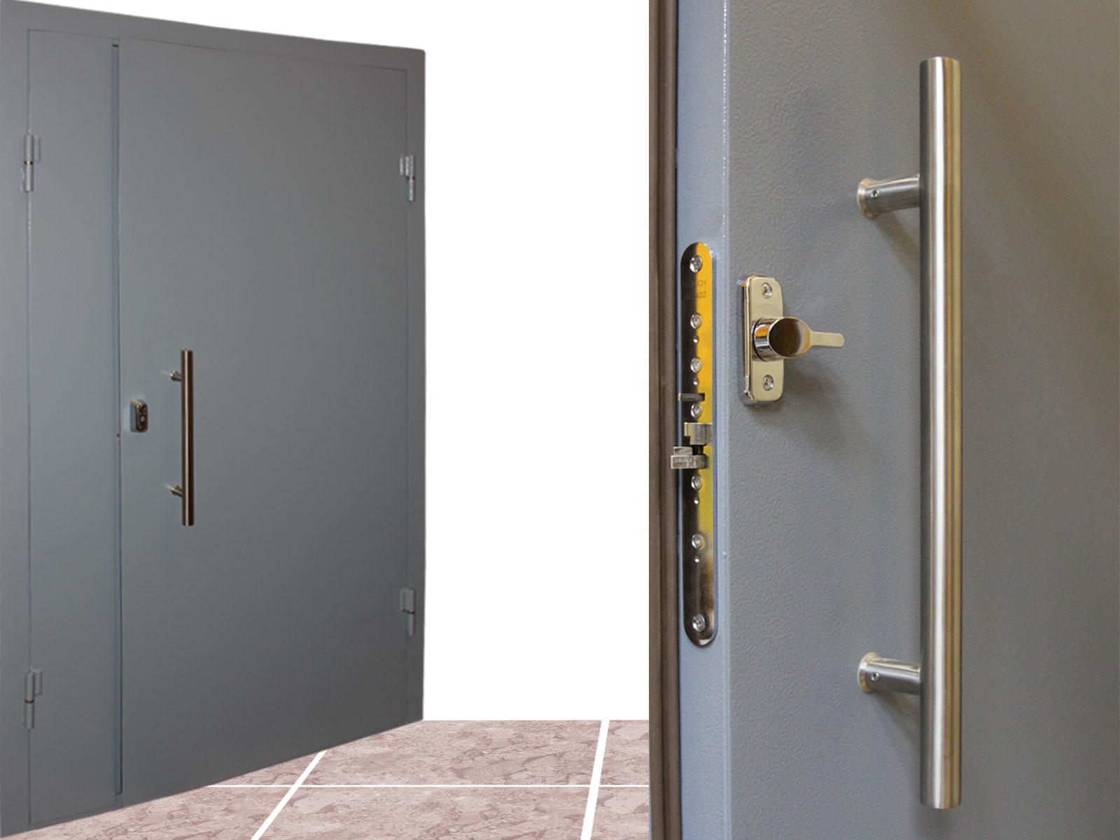 тамбурные железные дверь